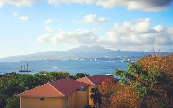 Location Martinique vue mer proche plage (1).jpg