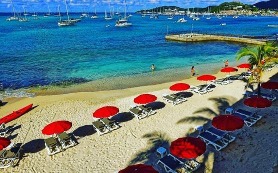 Saint-Martin-sxm-Beach Seafront hôtel.jpg