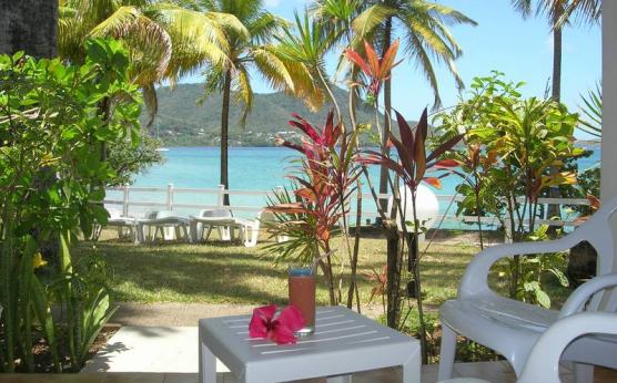 Terrasse, résidence Brise Marine Martinique.jpg