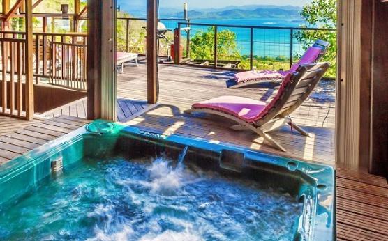 Villa vue mer jacuzzi privé Martinique (7).jpg