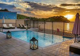 Hôtel bambou supérieur Martinique piscine plage.jpg
